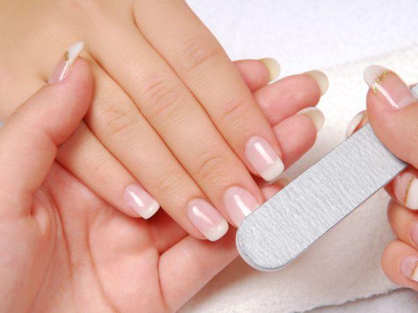 soins mains ongles karisa lyon institut de beauté
